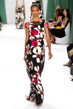 The 14 Need-To-Know Trends Of 2015 #refinery29  http://www.refinery29.com/2014/09/74344/fashion-week-trends-spring-2015-runway-shows#slide-15  Carolina Herrera