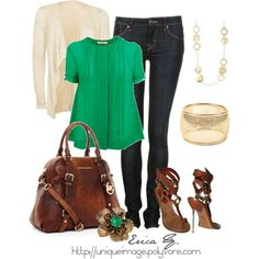 I love Kelly or Emerald green paired with the cream, gold accents and rich chestnut brown leather. So fresh and spring!