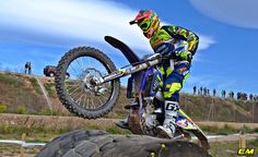 Lorenzo Santolino Enduro Motocross, Bicycle, Adventure, Vehicles, Countries, Get Well Soon, Bike, Bicycle Kick, Bicycles