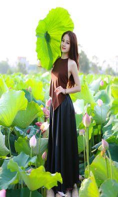 vietnam ,  ethnic groups in Vietnam , capital hanoi ( thang long ) , daila city , north vietnam