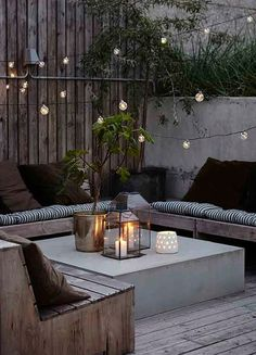 20 Epic Backyard Lighting Ideas to Inspire your Patio Makeover DIY Outdoor Design Inspiration Bistro Lights Design Exterior, Interior Exterior, Patio Design, Terrace Design, Room Interior, Stucco Exterior, Apartment Interior, Apartment Living, Back Yard Design