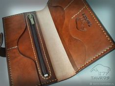 Кошелёк Leather Wallet Pattern, Handmade Leather Wallet, Leather Card Wallet, Leather Gifts, Leather Craft, Wallets For Women Leather, Small Leather Goods, Womens Purses, Leather Working