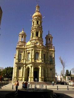 hermosas iglesias :)