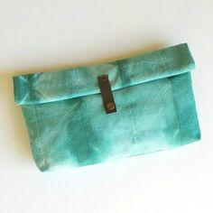https://www.etsy.com/es/listing/511663416/neceser-shibori-style-tintado-a-mano?ref=shop_home_active_1