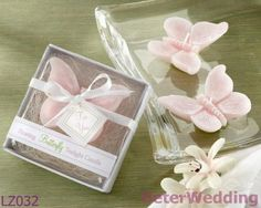 粉色蝴蝶浮水蜡烛BETER-LZ032 Butterfly Floating Tealight Party Favours               #candles #weddingdecoration #gifts #crafts  #beterwedding  http://item.taobao.com/item.htm?id=22037347621