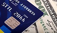 Why Wealthy People Only Use Certain Credit Cards to Pay Their Bills