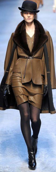 Hermès luxury design #highfashion #inspiration #moderndesign luxury design, luxury, fashion. Visit www.memoir.pt