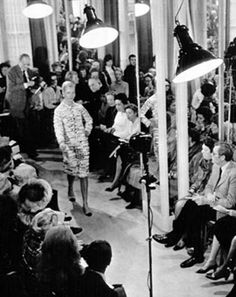 Coco Chanel died on January 10th in 1971. Over 1,000 people thronged to admire her last collection on January 26th.