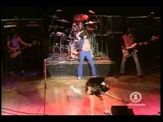 AC/DC -- Let There Be Rock (with Bon Scott, live 1977)