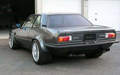 DeTomaso Longchamp, never heard of it till now and I dig it!