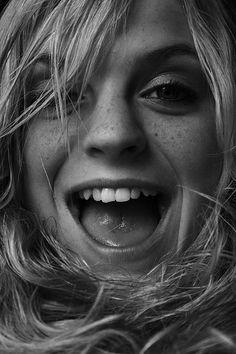 "21 Habits of Happy People - Mind Openerz ""Happiness is a habit – cultivate it."" ~ Elbert Hubbar"