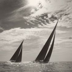 Michael Kahn is a sailing and seascape photographer using traditional black and white film. View his amazing sailboat photography here in portfolio format. J Class Yacht, Luxury Sailing Yachts, Rug Hooking Patterns, Sailboat, Pacific Northwest, Artsy Fartsy, Surfboard, Racing, Boats