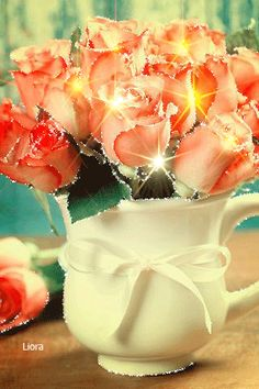 калейдоскоп Good Morning Beautiful Images, Beautiful Flowers Images, Beautiful Gif, Beautiful Roses, Flowers Gif, My Flower, Pretty Flowers, Happy Birthday Wishes Cake, Happy Birthday Video