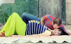 adorable pregnancy pic! and I'm not usually into these sort of things. many more on the blog that aren't too cheesy ;-)