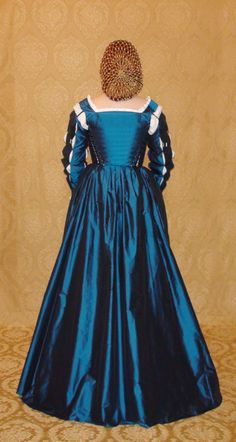Eleanora of Toledo Renaissance Gown by DecosaDesign on Etsy, $650.00