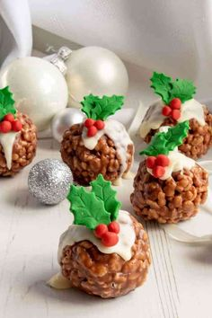 Fun to make with children, these Rice Krispie Christmas Puddings are so easy to . Fun to make with children, these Rice Krispie Christmas Puddings are so easy to make and the perfect mouthful party Christmas Party Food, Xmas Food, Christmas Cupcakes, Christmas Sweets, Christmas Cooking, Christmas Goodies, Christmas Fun, Christmas Canapes, Christmas Baking For Kids