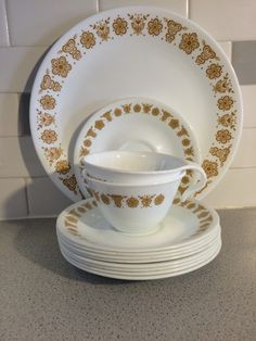 Pyrex /Corelle Butterfly Gold Dinnerware by FrankiesAntiques on Etsy https://www.etsy.com/listing/263606169/pyrex-corelle-butterfly-gold-dinnerware