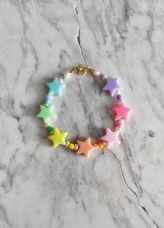 Seed Bead Bracelets, Pearl Bracelet, Seed Beads, Best Friend Crafts, Pulseras Kandi, Raw Gemstones, Bead Crafts, Bracelet Designs, Thing 1
