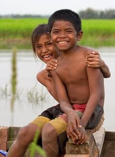 cambodian children, happy to be photographed - Pixdaus