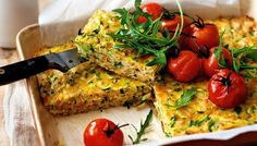 Courgette & sweet potato slice This good-for-you savoury slice is great for lunch or with roast tomatoes for dinner. Vegetable Dishes, Vegetable Recipes, Vegetarian Recipes, Cooking Recipes, Healthy Recipes, Vegetarian Zucchini Slice, Vegetable Slice, Healthy Slice, Sweet Potato Bread