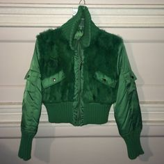 Like New Green Puffer Jacket w/ Fur on Front SZ L Like New Green Puffer Jacket w/ Fur on Front SZ L. Please ask any questions. No Trades & No PayPal. Thank you for looking! Feel free to make an offer through the offer button. Jennyfer J Jackets & Coats Puffers