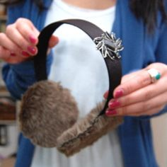 Learn How to Make Ear Muffs for a Wedding with this simple tutorial, and make a pair for each of your female attendants. They are more than formal enough to complement the rest of everyone's ensembles, and they'll make for some absolutely adorable and cuddly photos at your winter wedding. #DIYBridalAttire