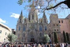 Catedral de Barcelona. Nous sommes arrivés à la Cathédrale de Barcelone le Vendredi saint un peu avant midi Espagne Barcelone