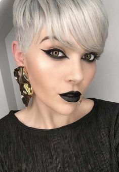 27 Modern Combinations of Short Blonde Pixie Cuts & Makeup Ideas in 2018