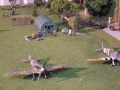 KitMaker Network :: RAF Airfield & Hangar Diorama 1:72 Scale.