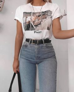 cute outfits for school . cute outfits with leggings . cute outfits for women . cute outfits for school for highschool . cute outfits for winter . cute outfits for spring Tumblr Outfits, Mode Outfits, Tumblr Clothes, Tumblr Ootd, Cute Casual Outfits, Retro Outfits, Stylish Outfits, 90s Style Outfits, Easy Outfits
