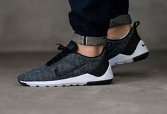 Trendy Sneakers 2018 Nike Lunarestoa 2 SE Black Anthracite Grey pas cher - Go to Source - Sneakers Mode, New Sneakers, Sneakers Fashion, Fashion Shoes, Suit Shoes, Men's Shoes, Shoe Boots, Sneaker 2017, Nike Free Shoes