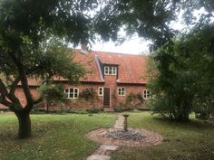 Secluded & Spacious Country Retreat - Waveney - Cottages for Rent in England, England, United Kingdom Norwich Cathedral, Saint Helena, Norfolk Broads, Great Yarmouth, Stoves, Traditional Design, Cottages, Acre, Tub