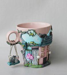 """Кружки и чашки ручной работы. Ярмарка Мастеров - ручная работа. Купить Кружка с декором из полимерной глины """"На нашей улице весна"""". Handmade. Cute Polymer Clay, Polymer Clay Dolls, Polymer Clay Projects, Polymer Clay Charms, Clay Crafts, Cute Mug, Clay Cup, Clay Fairies, Mug Art"""