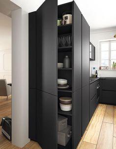 Des placards de cuisine pratiques façon armoire