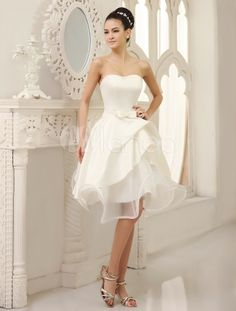 Knee-Length Ivory A-line Wedding Dress For Bride with Strapless Pleated Skirt - Milanoo.com