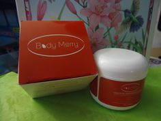 BODY MERRY CELLULITE DEFENSE GEL-CREAM is a new product out on the body care market and I was lucky enough to be chosen to test and give my opinion. The gel formula is a light smooth textured product