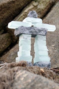 Inukshuk Glass and Stone / Inukshuk verre et granite