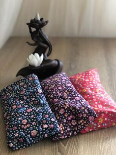 Floral printed lavender eye pillow. yoga meditation Lavender Pillow, Lavender Seeds, Yoga Meditation, Floral Prints, Gift Wrapping, Pillows, Eyes, Trending Outfits, Printed