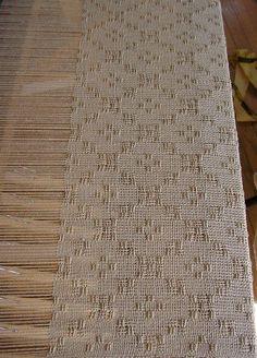 White on white bronson lace   zinniz.com