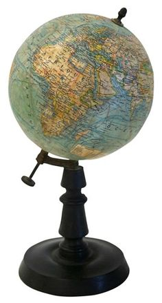 Authentic vintage French table globe, perfect for the library. World Globe Map, Map Globe, World Globes, Vintage Globe, Vintage Maps, French Vintage, Vintage Table, Interactive Globe, Spinning Globe