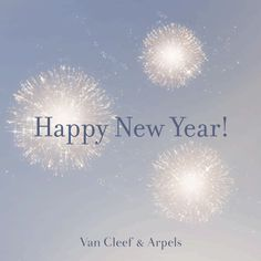 Van Cleef & Arpels wishes your most precious dreams to come true for this New Year. #DiamondBreeze