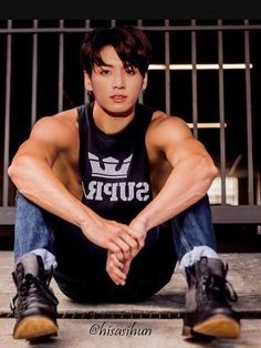 / i die thay day this happens. um i think it already happened oh so. bye world. he got biceps. Foto Jungkook, Jungkook Oppa, Jungkook Fanart, Bts Bangtan Boy, Jikook, Kpop, Estilo Bad Boy, Jeongguk Jeon, Wattpad