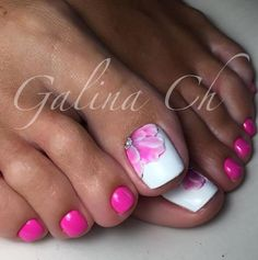 Amazing Toe Nail Designs picture 2 ★ Explore trendy and classy, cute and elegant toe nails designs for summer and beach vacation. You will love our easy ideas. Pretty Toe Nails, Cute Toe Nails, Pretty Toes, Fancy Nails, Pink Nails, Gorgeous Nails, Flower Toe Nails, Flower Pedicure, Pink Toes