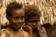 Children on Tanna Island. Image by Danielle Lancaster Vanuatu, Early Learning, Going To Work, Lancaster, Writing A Book, Roots, Grass, Articles, Island