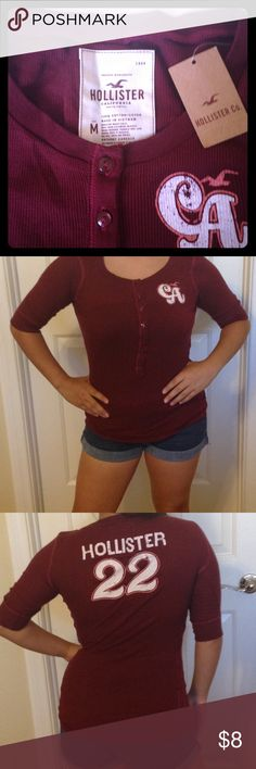 NWT Hollister Henley top Thin and light weight Henley top in the color burgundy with 3/4 sleeves. Stretchable material. Pair it up with some denim for a cute effortless look. Hollister Tops Tees - Short Sleeve