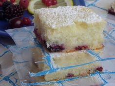 Prajitura cu lamaie si fructe de padure Romanian Food, Vanilla Cake, Gem, Cheesecake, Yum Yum, Desserts, Tailgate Desserts, Cheese Cakes, Dessert