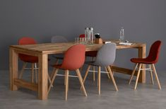 The Dining & Poseur Tables range offers a modern alternative to conventional dining areas or corporate workspaces, very well suited for breakout areas, meeting rooms or shared workspaces. Bar Lighting, Strip Lighting, Dining Tables, Dining Area, Breakout Area, Desk Areas, Meeting Rooms, Workspaces, Hanging Lights