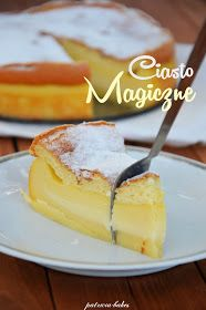 """Waniliowa wersja ciasta o intrygującej nazwie - """"magiczne""""... Na blogu znajduje się już kakaowy wariant tego ciasta ( klik ) i zarówno w ..."""