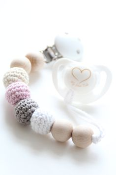 Organic baby pacifier clip / Dummy clip / Teething beads / Stylish and natural