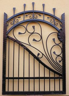 Metal Gates, Wrought Iron Gates, Iron Garden Gates, Iron Gate Design, Window Grill Design, Scrap Metal Art, Iron Steel, Iron Furniture, Iron Art